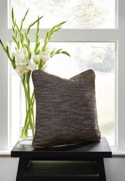 pillows - 1195589344_a1000888p-b3