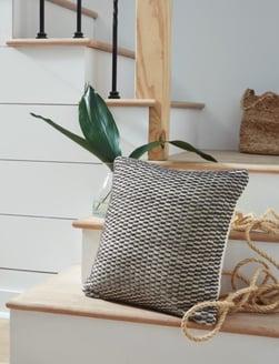 pillows - 1195589344_a1000991p-b3