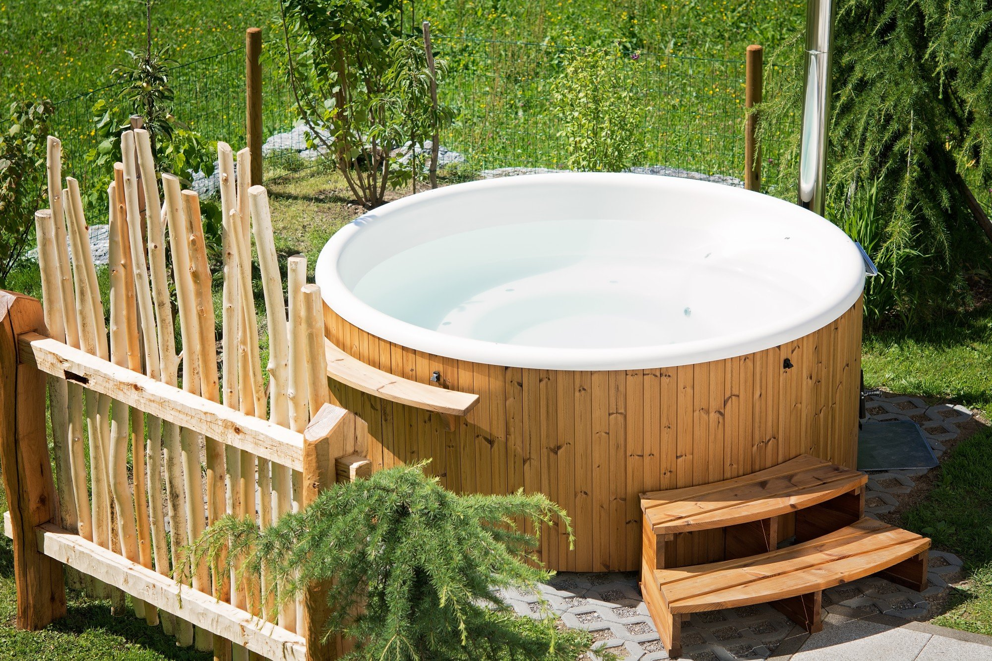 How to Winterize Your Hot Tub Before the Cold Season
